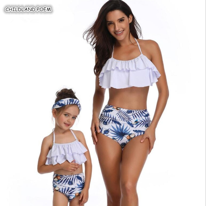 Mother Daughter Swimsuit 2019 Family Look Mommy and Me Bikini Clothes Ruffle Mom Daughter Swimwear Family Matching Clothes