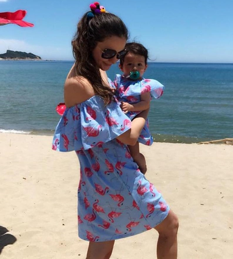 Beach Mommy and Me Clothes Off Shoulder Mother Daughter Dresses Flamingo Mom Mum Baby Girls Dress Family Matching Outfits Look