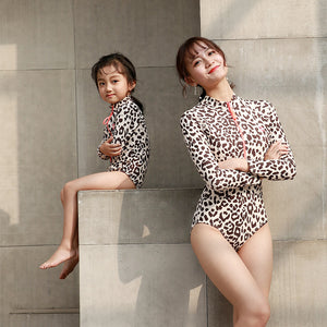 Mother and Daughter Swimwear One Piece Leopard Swimsuit Zip Mommy and Me Bikini Bahitng Brachwear Family Matching Clothes Dress