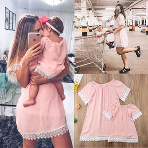 1-4T S-XL Mother Daughter Lace Dress Family Matching Clothes Mommy Mom and Me Women Girl Dresses Summer Mom Sister Mini Dress R