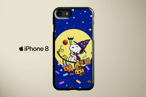 Snoopy Trick or Treat Apple iPhone 8 Cover Case
