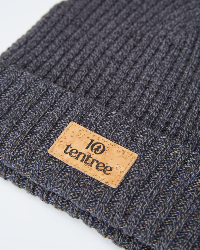 Image of product: Beanie mit Patch