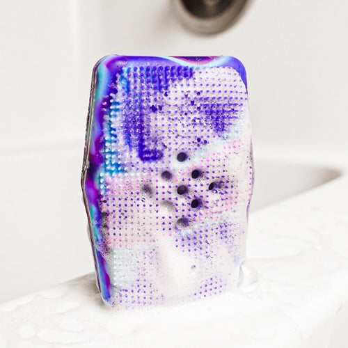 Cosmic Purple Sud Stud on Bathtub
