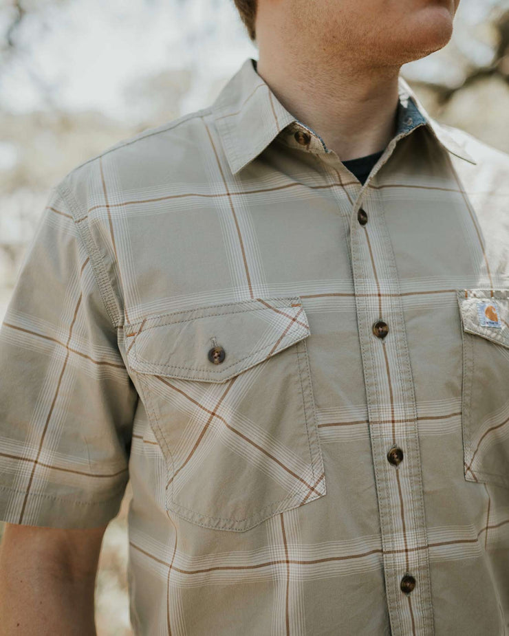 CARHARTT RUGGED FLEX RELAXED FIT SHORT-SLEEVE BUTTON-DOWN PLAID SHIRT