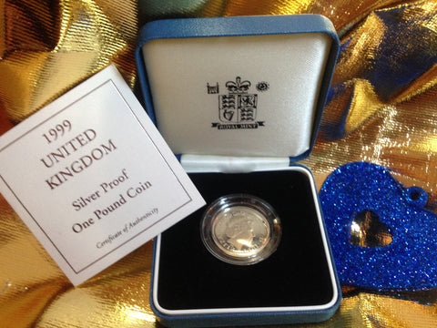 Picture of Elizabeth II 1999 Silver Proof One Pound
