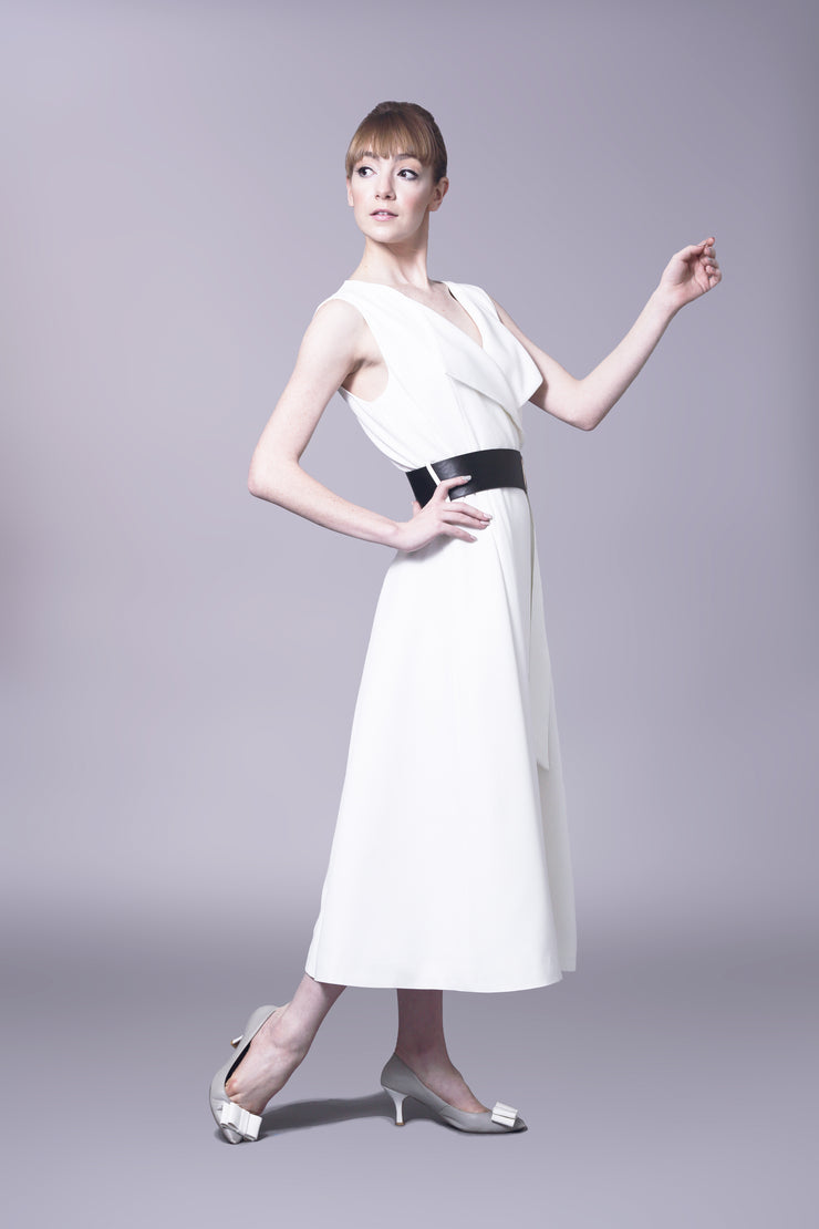 Audrey Hepburn wrap dress with black belt