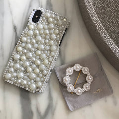 The Fashion Bug Blog X Soru Pearl Cluster Hair Clip With Her Phone Case Inspiration