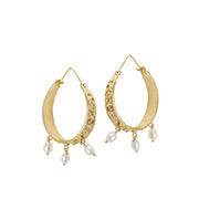 soru jewellery pearl tuscan hoop treasures earrings