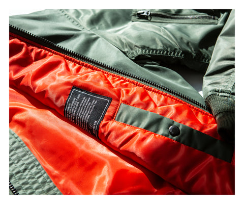 The Avirex MA-1 bomber length is shorter in the back – staying true to its original purpose of allowing pilots to move in and out of their seats with ease.