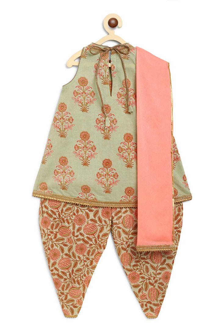 Girl Suit Set Green Floral