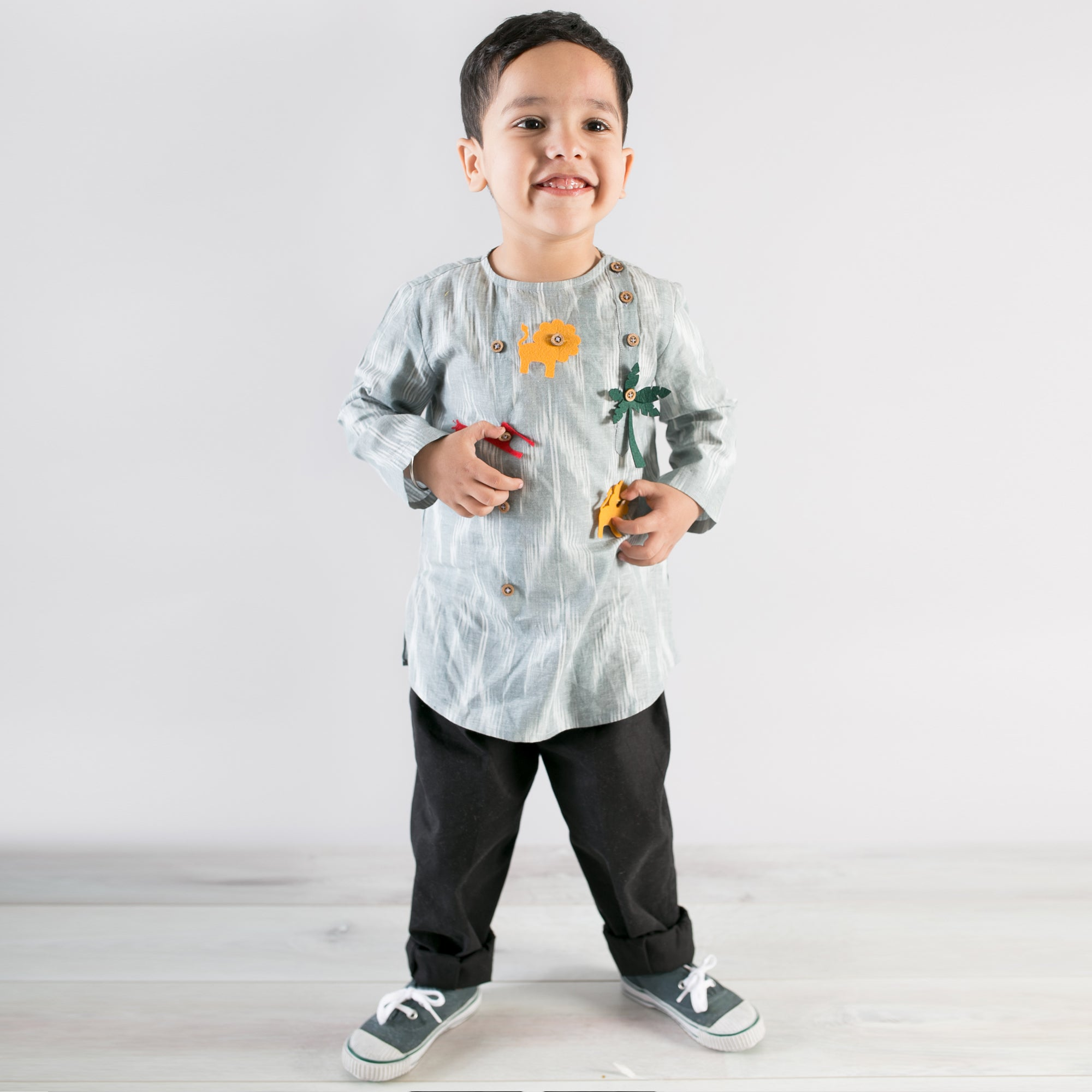 Boy Grey Ikat Kurta With Felt Toys