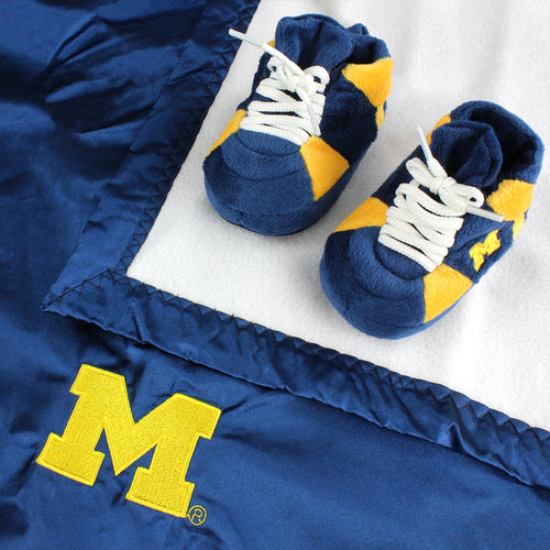 Michigan Wolverines Baby Blanket & Slippers Set