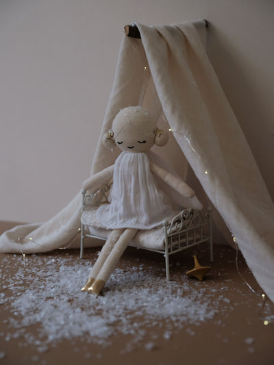 Doll Winter Fairy Fabelab