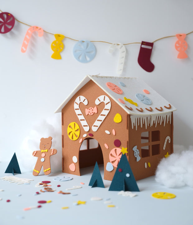 Fabelab - Gingerbread House Kit