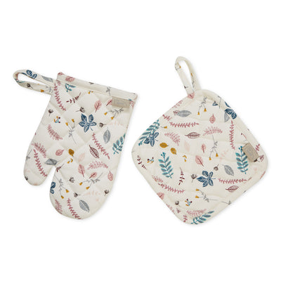 Kids Oven Glove and Pot Holder Set Pressed Leaves Rose Cam Cam Copenhagen