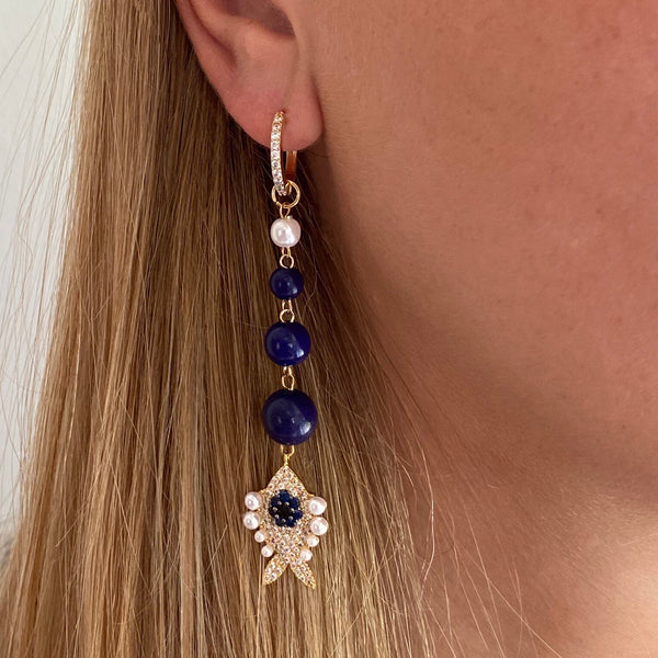 Earring long gold with beads and charm |hippe sieraden|fashion jewelry|gold earrings|sieraden webshop|sieraden goedkoop|my jewellery|originele sieradens fish