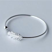 Hot 925 Silver Feather Opening Bracelet Women Fashion Temperament Bracelet Sweet Feather Bracelet High Quality Gift