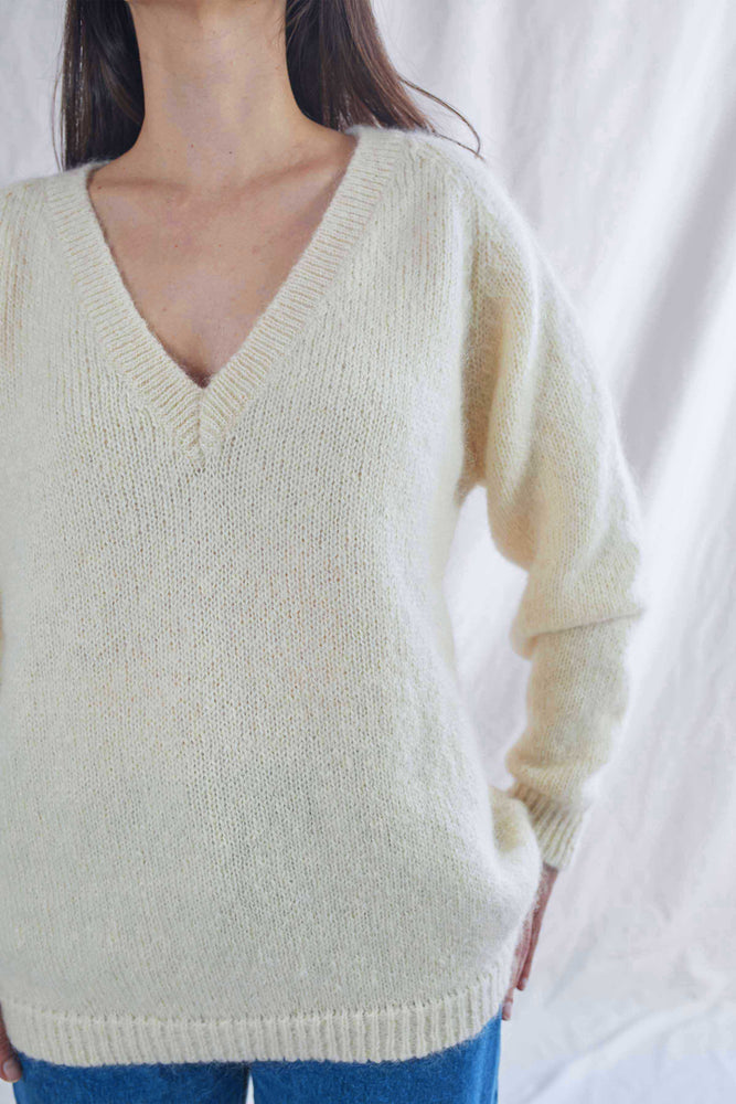 BARBARA White Sweater
