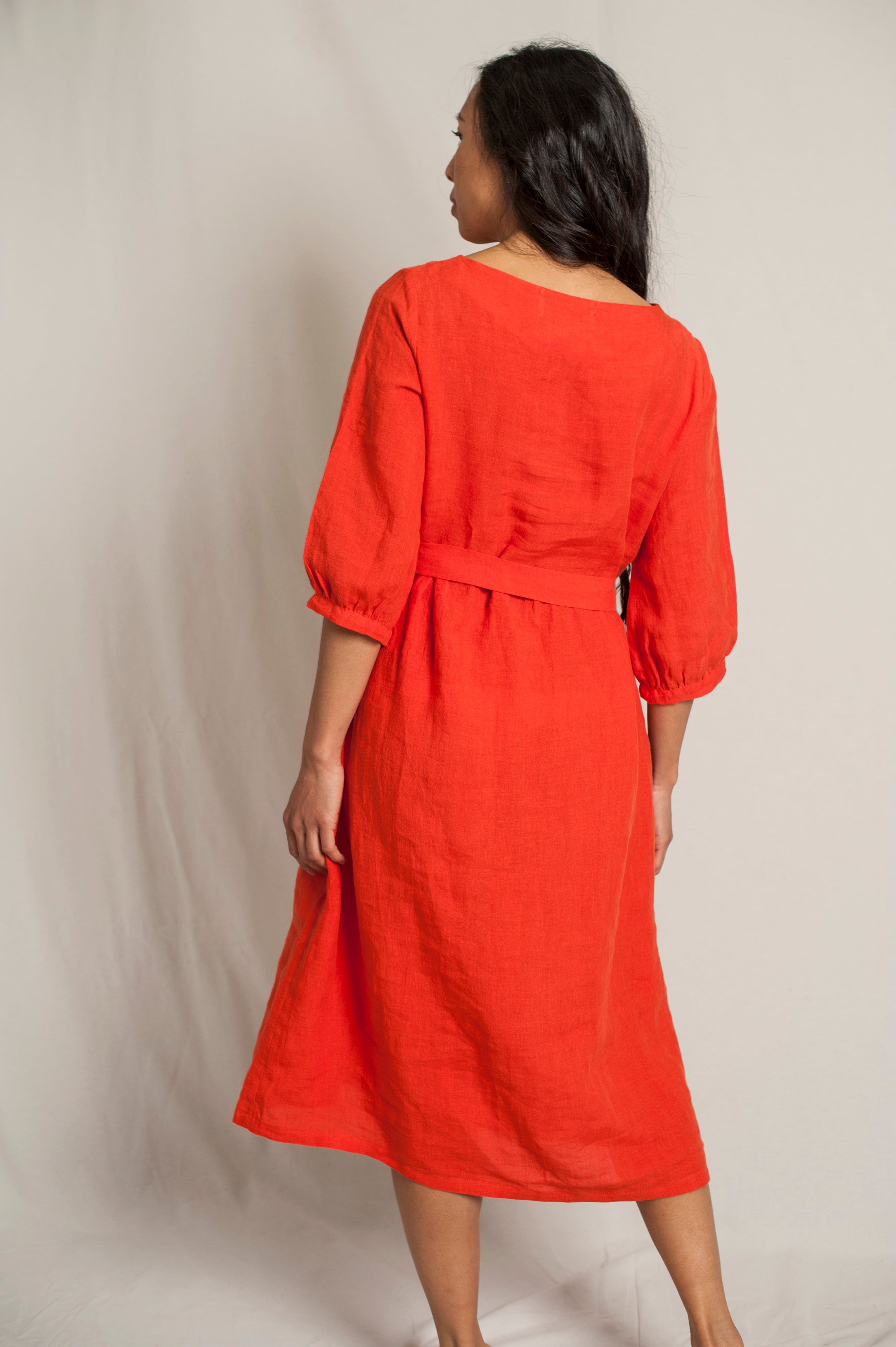 L'Envers - Flora Linen Dress - 100% French linen - Color Coral - Back Picture