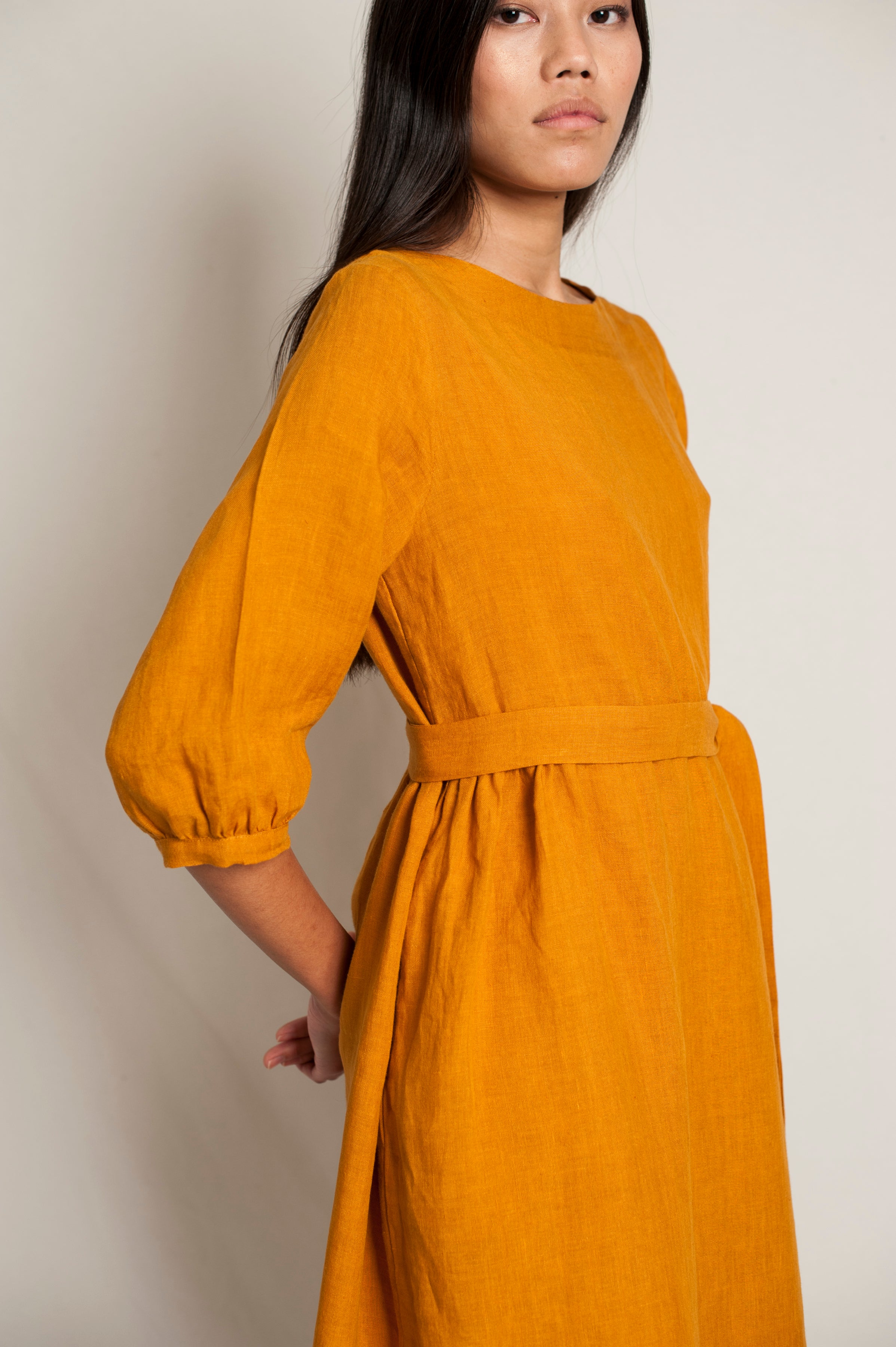 L'Envers - Flora Linen Dress - 100% French linen - Color Ocre - Zoom Picture