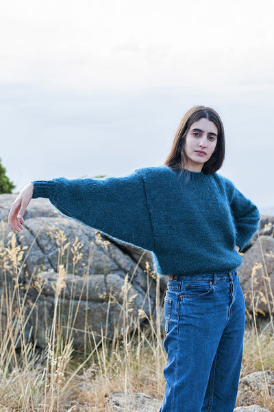 L'Envers - Gala 100% Mohair Sweater - 100% French Mohair - Color Petrol - Ambiance Picture