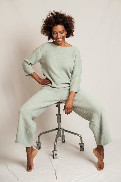 L'Envers - Louise Organic Cotton Pants - GOTS certificated - Color Sage Green - Preview Picture