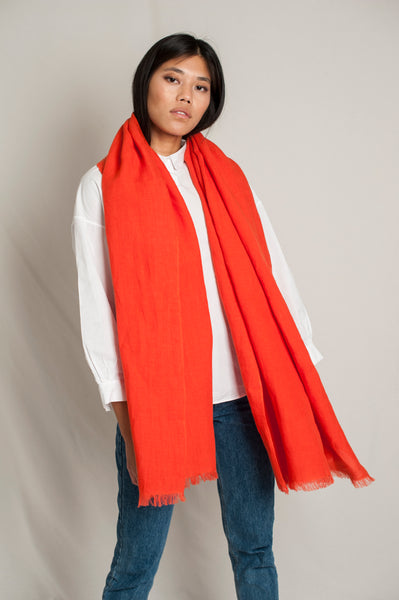 L'Envers - Sylvie Linen Scarf - 100% French linen - Color Coral - Preview Picture