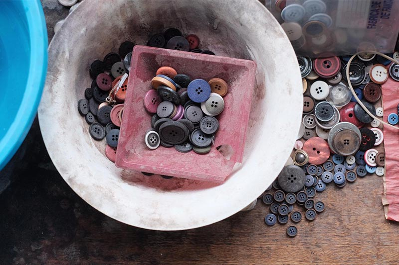 L'Envers - Buttons Ateliers in Italy - Colors Buttons