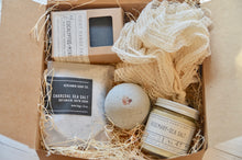 Load image into Gallery viewer, Sea Salt & Charcoal - Bath Lover Gift Set