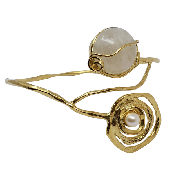 Mryrtle - Moonstone Bangle