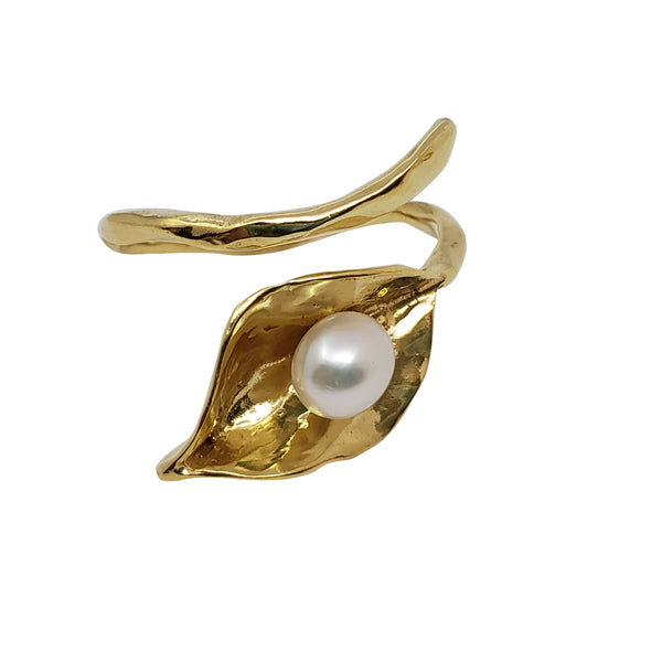 Lily - Calla Lily Pearl Ring