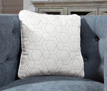 Load image into Gallery viewer, Laranae Pillow Set of 4 A1000947
