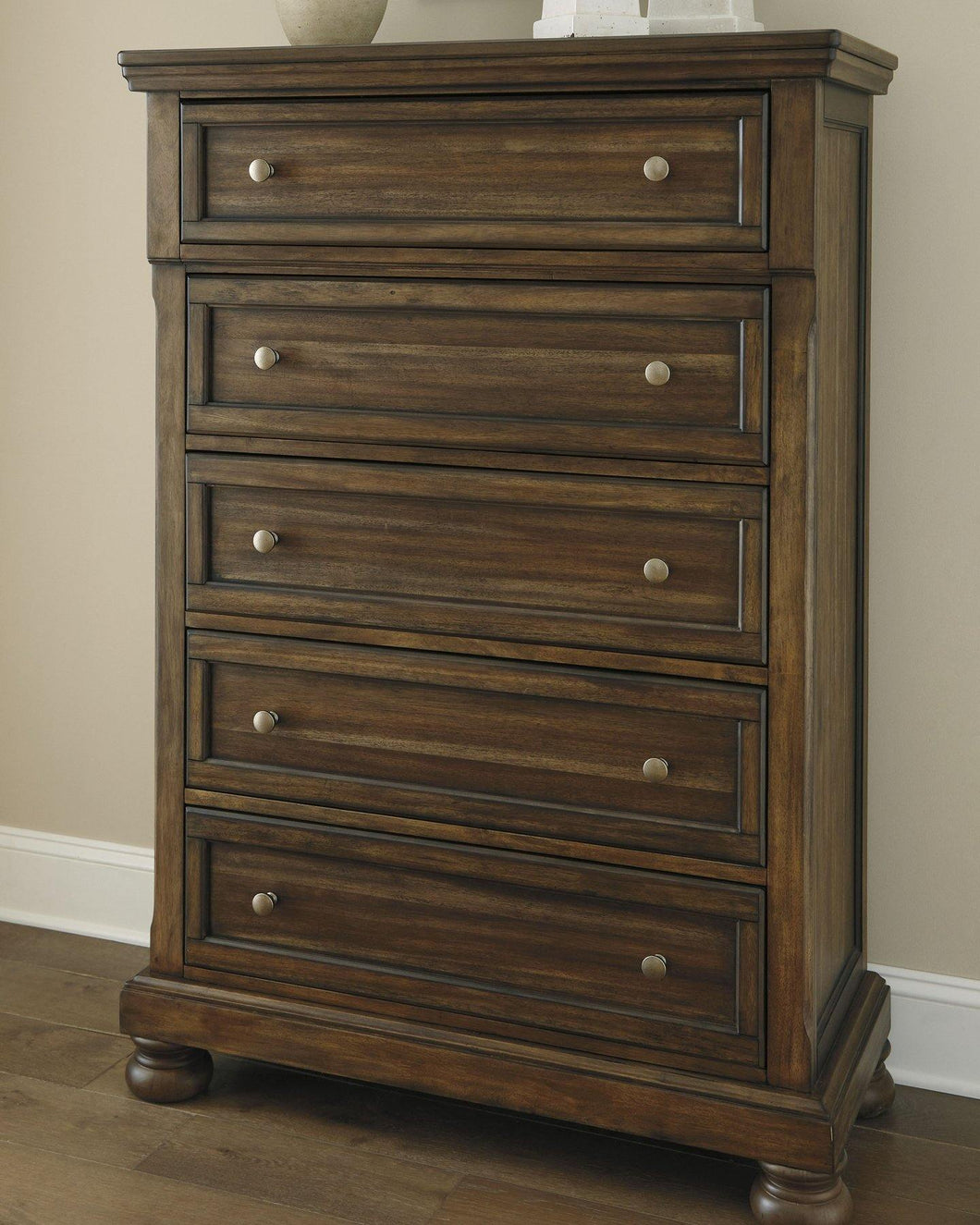 Flynnter Chest of Drawers B719-46 By Ashley Furniture from sofafair