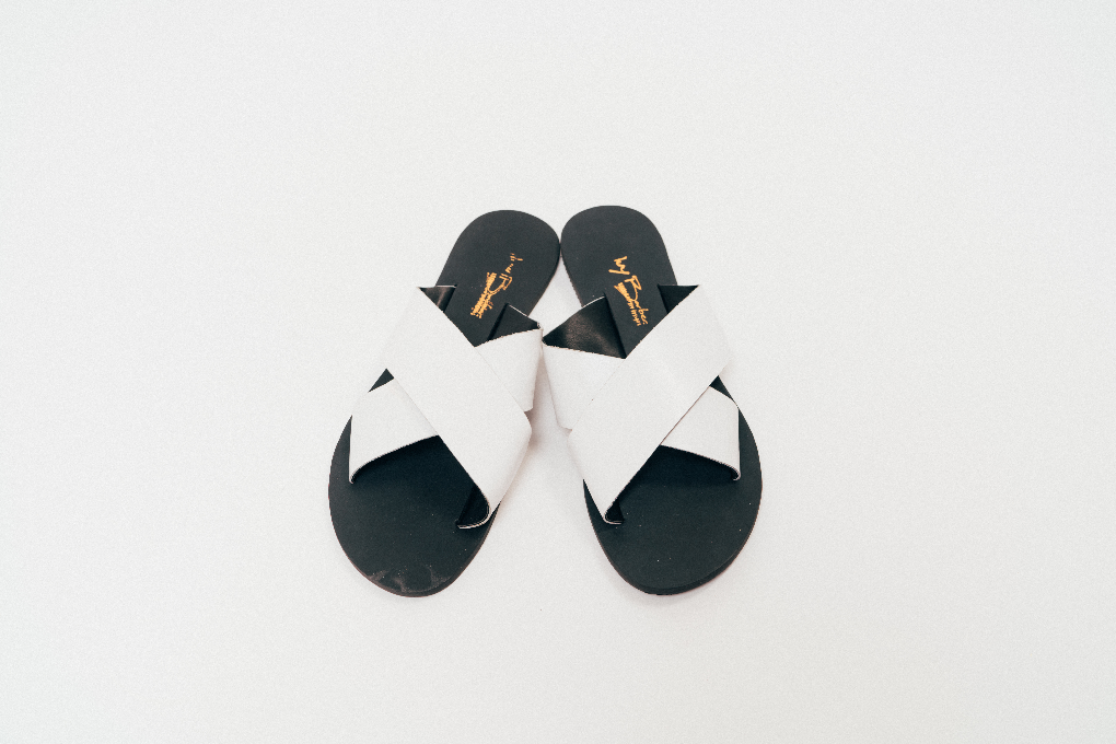 Ivy Barber - Criss-Cross slides - waafashion