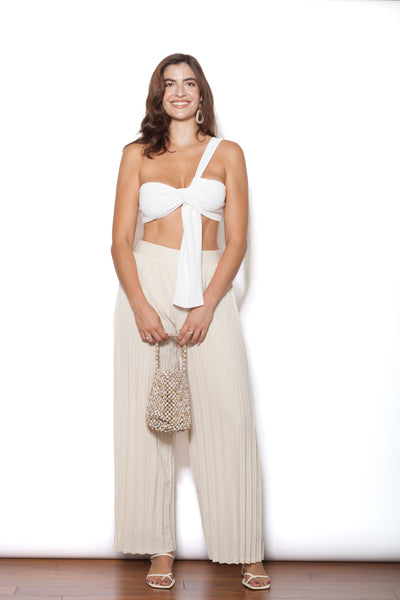 Pleated Ivory Pants Full Body