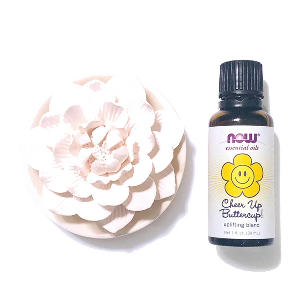 擴香陶瓷蓮花 及 Now Cheer Up Buttercup! 複方精油 ·  Lotus-shaped Aroma Ceramic & Now Essential Oils  (30ml)