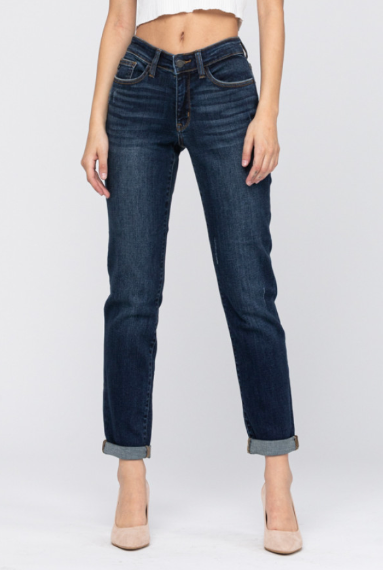 Tapered Slim Fit non Destroyed jeans by Judy Blue 82128