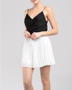 BNB-Pleated Shorts