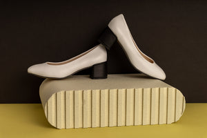 ASPRO WHITE Leather Pumps