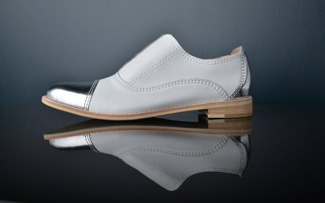 DIAMOND White Leather and Silver Oxfords