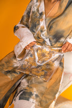 Load image into Gallery viewer, Linen Batik Kimono