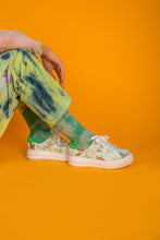 Load image into Gallery viewer, TIE DYE SOCKS MINT