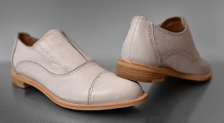 GRACE White Leather Oxfords