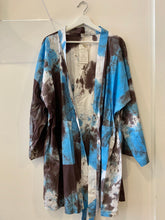 Load image into Gallery viewer, Batik Cotton Kimono