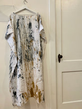 Load image into Gallery viewer, Linen Batik Kaftan