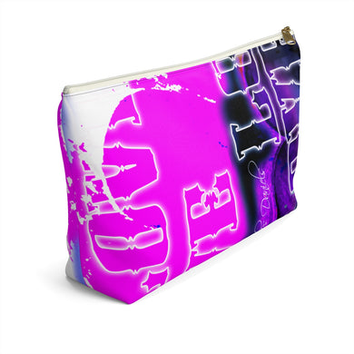 Love 3 - Accessory Pouch w T-bottom