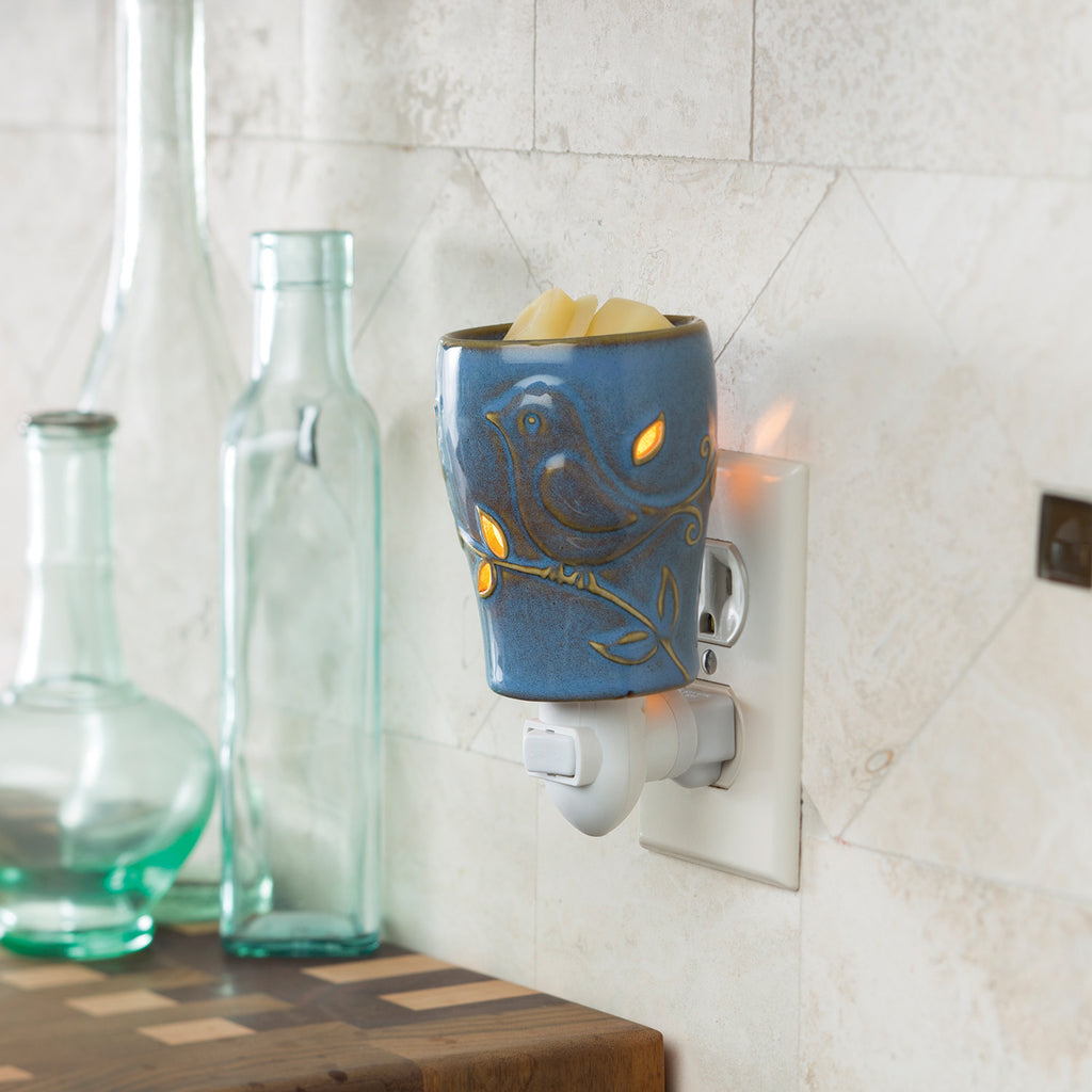 Pluggable Fragrance Warmer-Bluebird