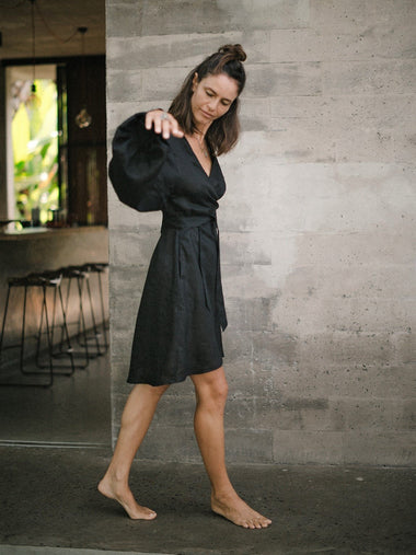 Sukee Linen Dress in Black - l u • c i e e