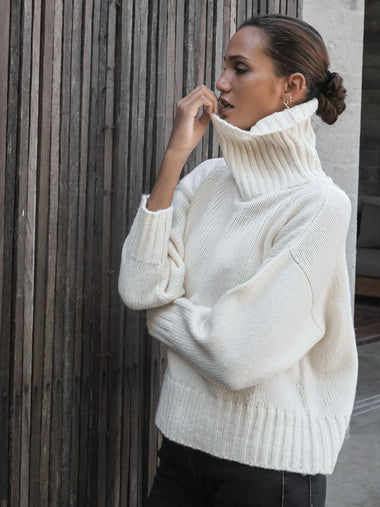 Berner Neck Sweater in Ivory - l u • c i e e