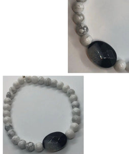 Howlite Crystal Beaded Bracelet with Agate Crystal Centrepiece